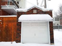 garage door with snow